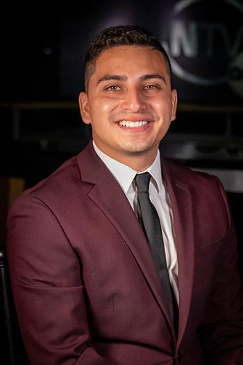 Alumni Host Brandon Cortes