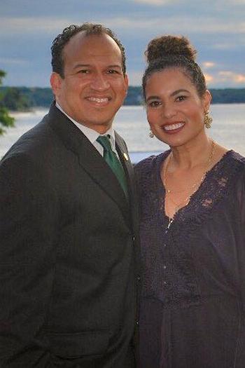 Alumni Co-Hosts Julissa Garris-Shade and Jeff Shade