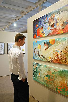 What MFA programs in studio art do not require a BFA or previous undergraduate coursework?