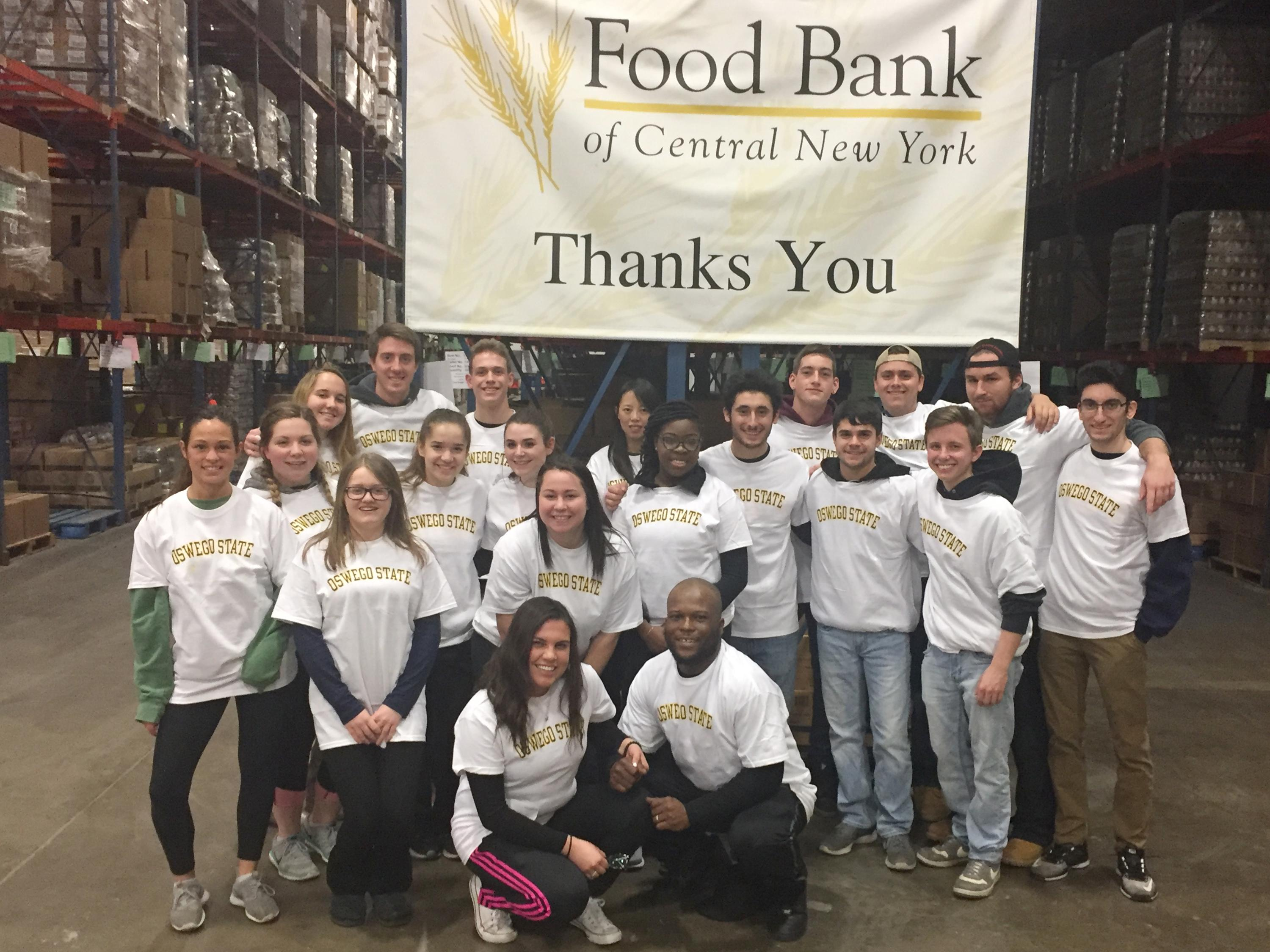 SUNY Oswego students support Food Bank
