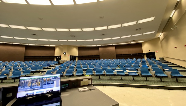 Photo showing the right side of the classroom with the monitor in perspective.