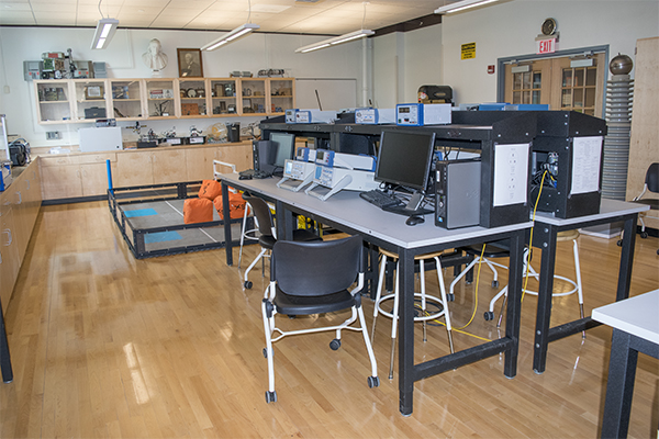 Electronics & Mechatronics Lab