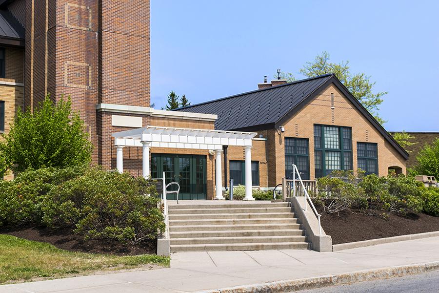 Riggs Hall