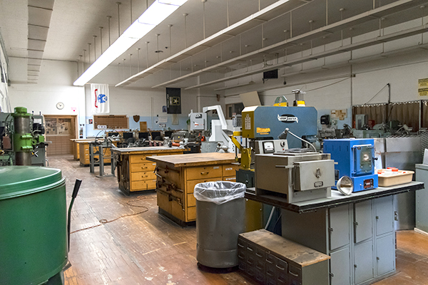 Metals lab