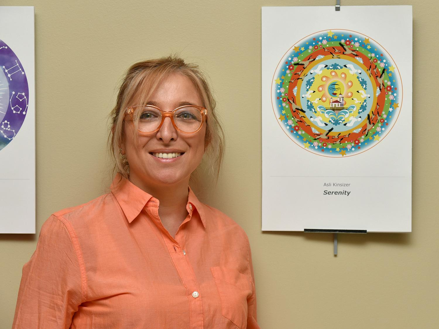 Asli Kinsizer with her mandala model