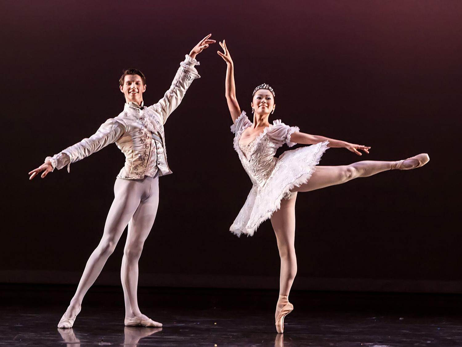 Houston Ballet II to bring rising dancing stars to Oswego