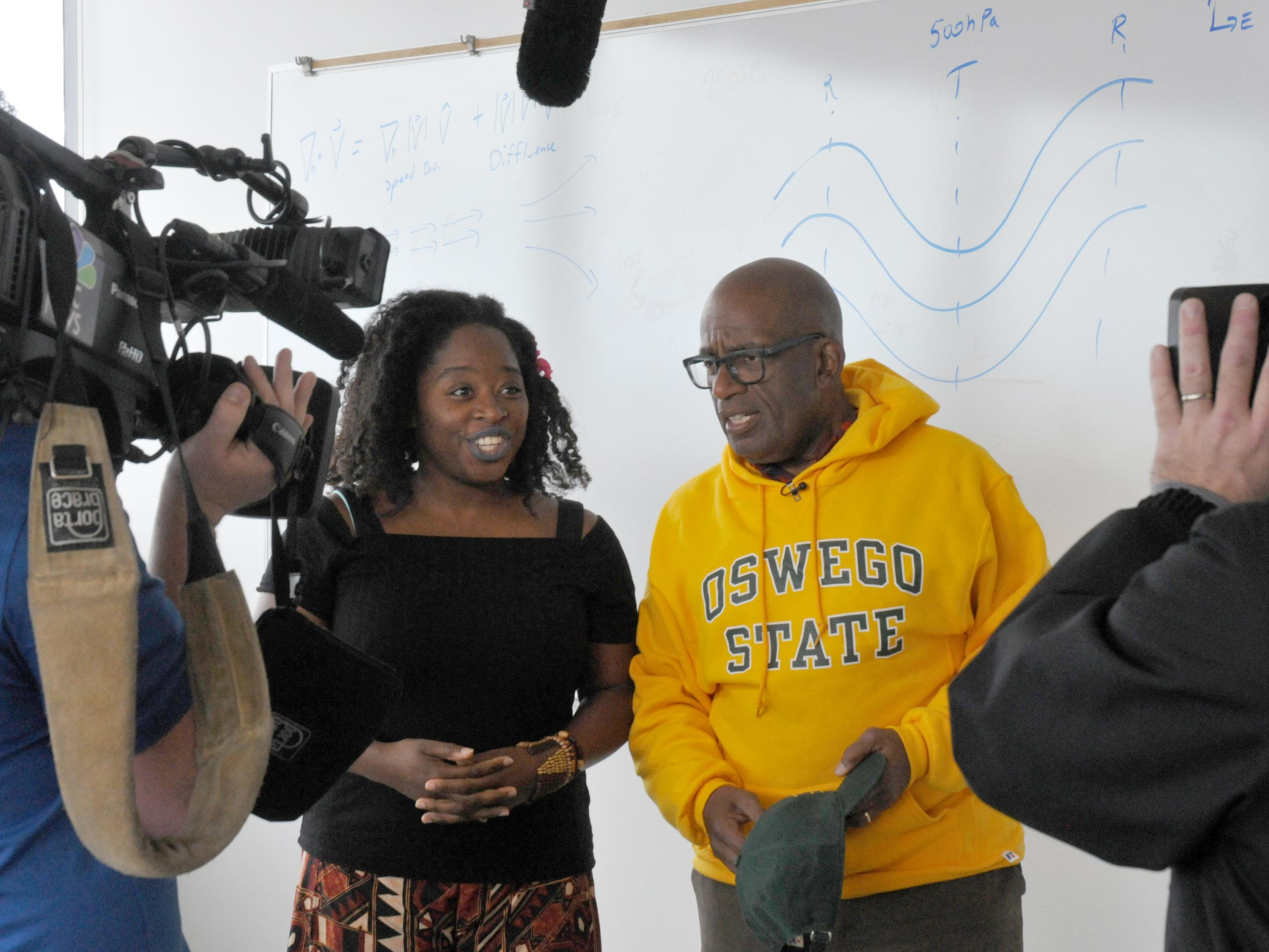 Al Roker visits a meteorology classroom at SUNY Oswego during 2017 Rokerthon