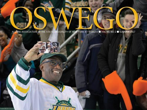 Summer 2017 SUNY Oswego alumni association magazine cover photo featuring alumnus Al Roker taking a selfie at Rokerthon 3
