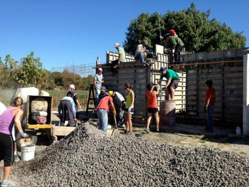 Students help build in Dominican Republic
