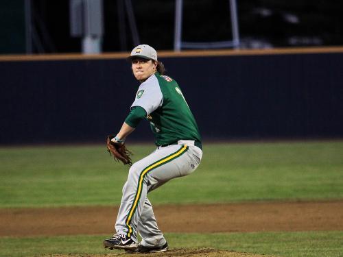 Tim Cronin pitching