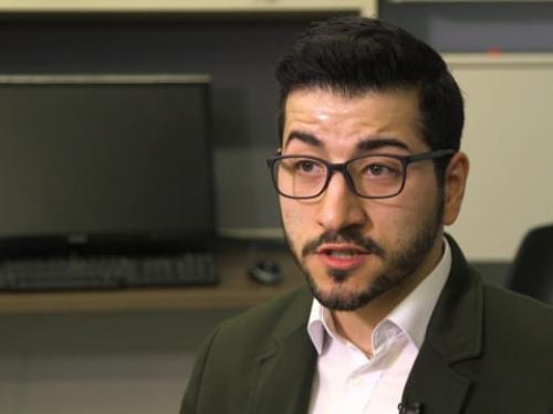 Caglar Yildrim researches smartphone dependency