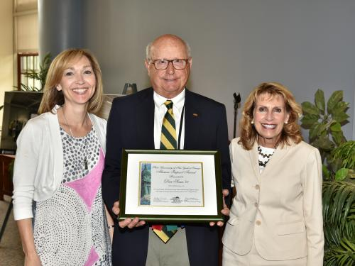 Dan Scaia receives Alumni Impact Award