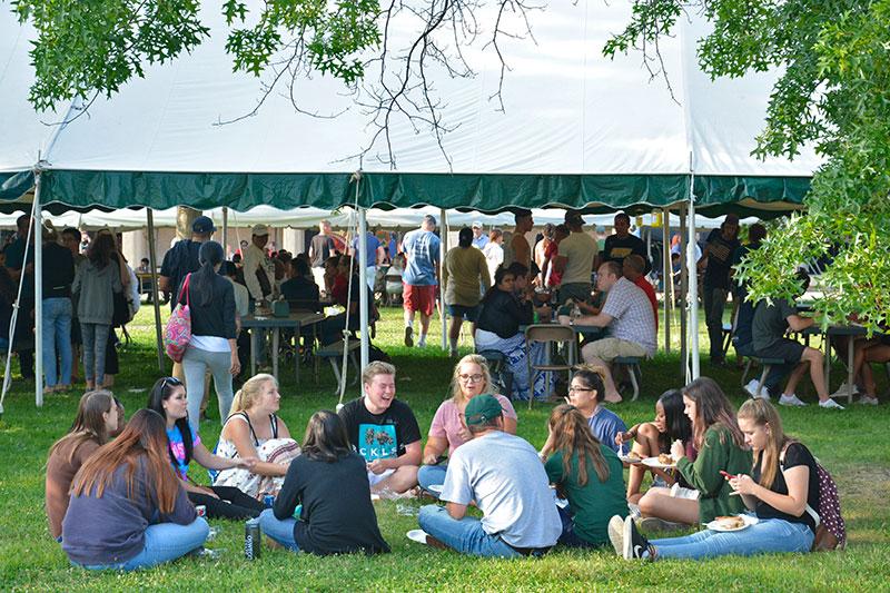 Students at picnic