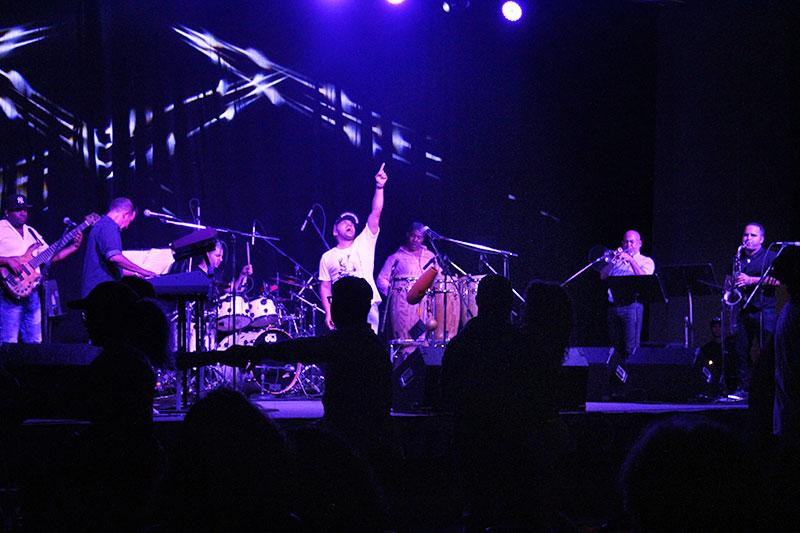 Tiempo Libre band performing