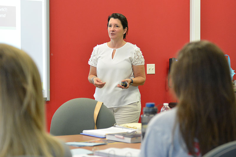 Maria Murray speaks to literacy education class