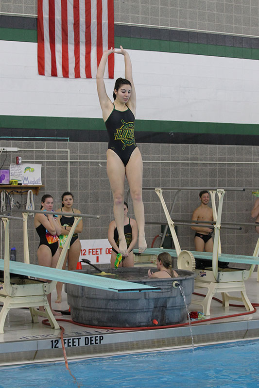 Miranda Frascatore sets 1-meter dive record