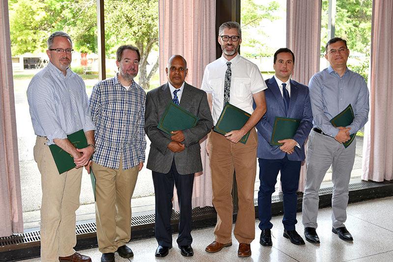 Top senior faculty teachers honored
