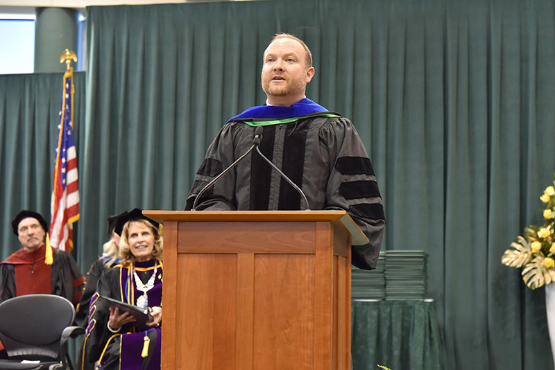 Honorary degree recipient and commencement speaker Jeff Ragovin, a 2000 Oswego alumnus and the chief growth officer of Social Native, addresses candidates for graduation