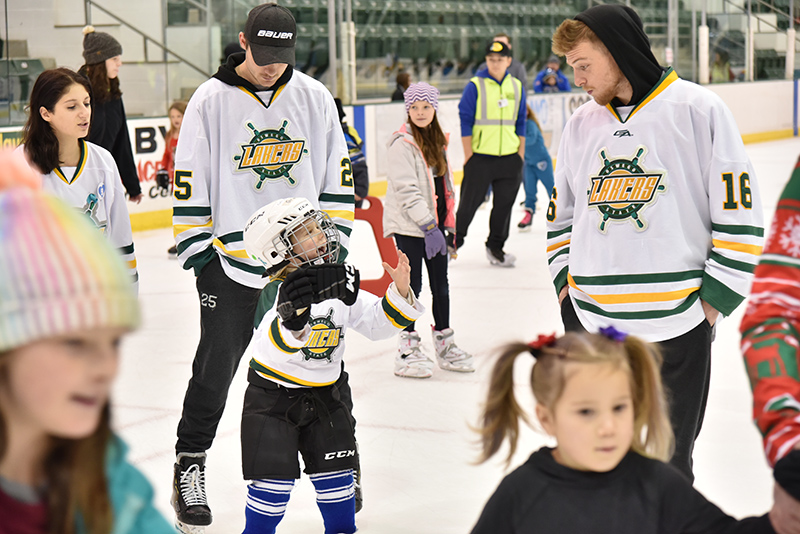 Laker hockey players welcomed the community for United Way skating fundraiser