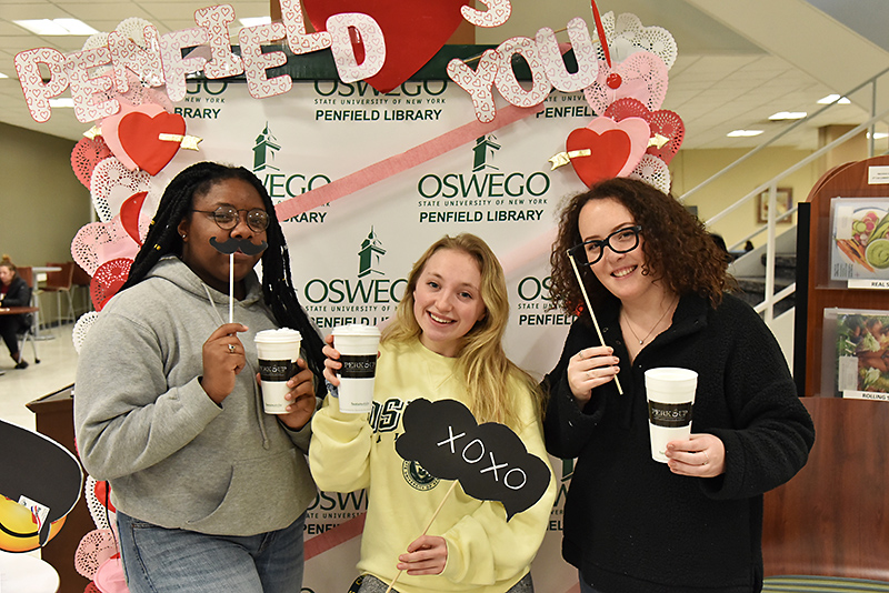 Students enjoy Penfield Library Loves You Day