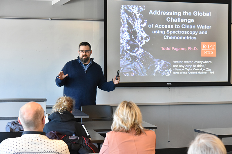 Todd Pagano, a 1996 alumnus and associate dean at the Rochester Institute of Technology, talked about his research and methods in a Science Today lecture