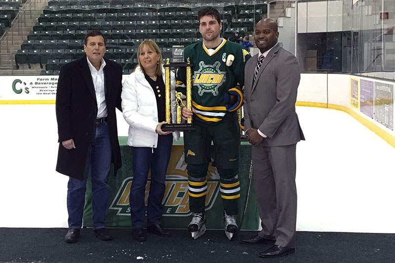 Men's hockey recognized for taking second in Pathfinder tournament
