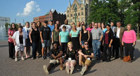 Faculty, staff and Laker Leaders welcome students at SUNY Oswego in Syracuse