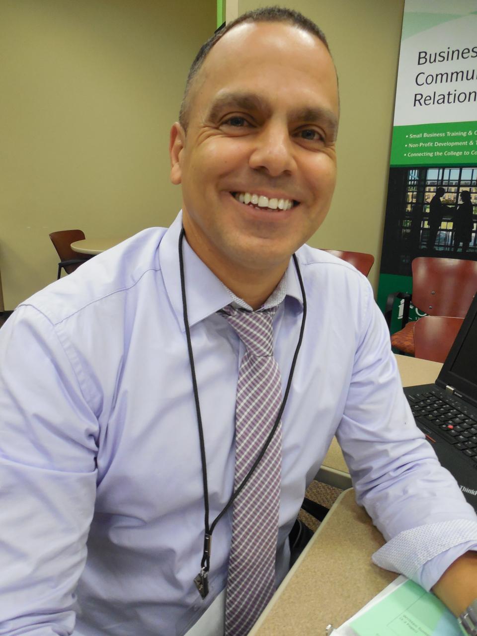 Adel Valdes
