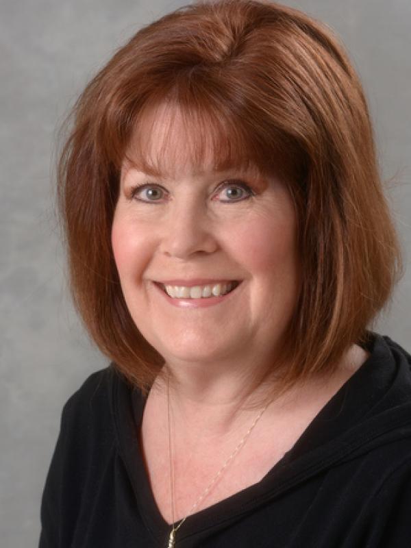 Karen Woolford headshot