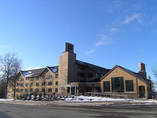 Winter scene of Riggs Hall.