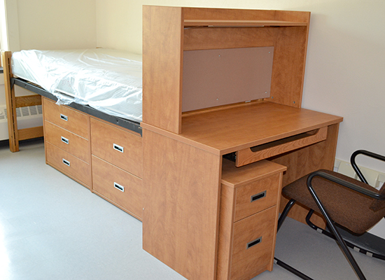 Scales Hall default bed setup and desk with hutch