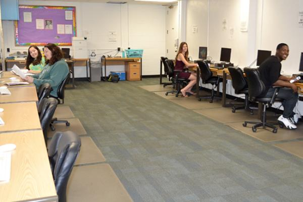 Oneida Hall has a large and spacious computer lab for its residents.