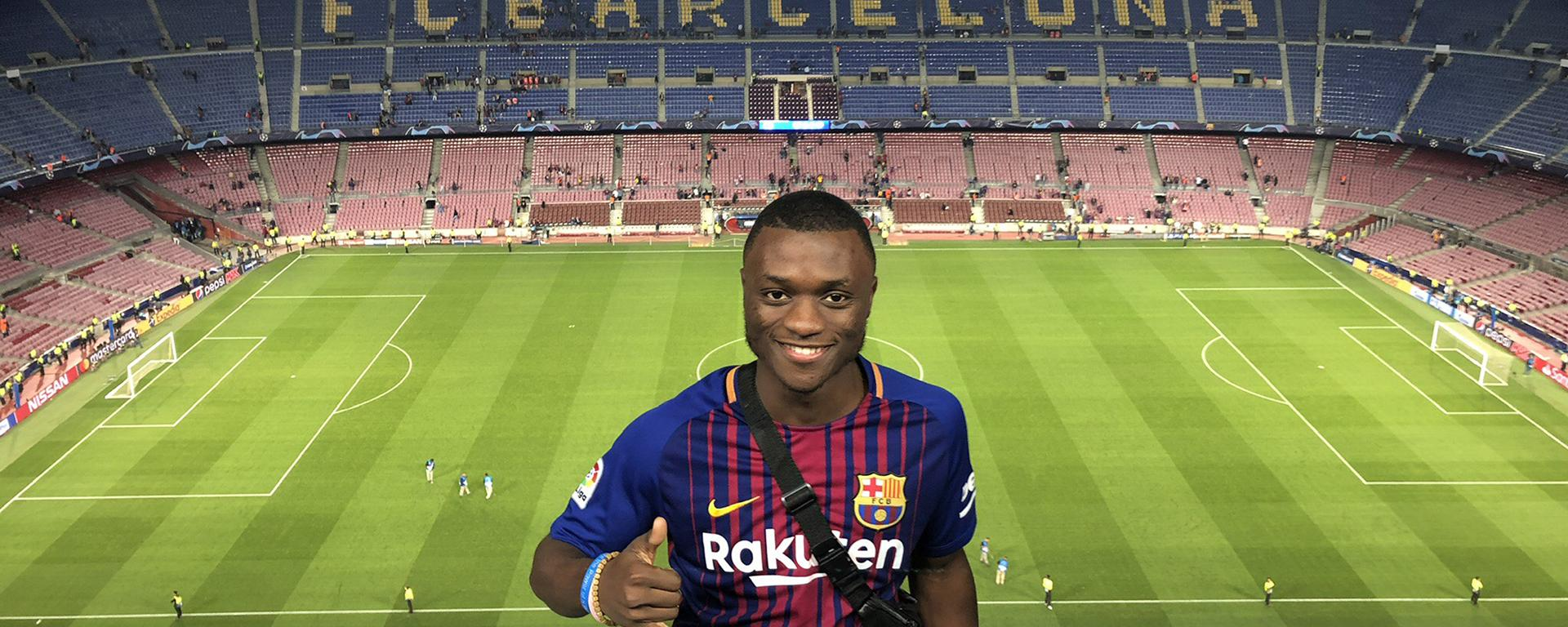 Nyezee Goe enjoying an FC Barcelona game
