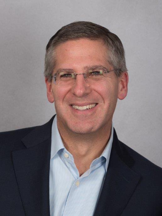 Professional head shot of Robert Moritz